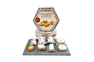 Biscuit assortment lifestyle