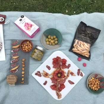 Spanish picnic for two